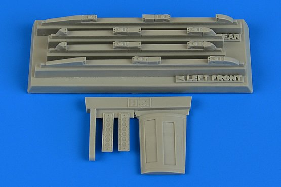 Aires Su-17/22 M3/M4 Fitter K empty chaff/flare dispensers 1:48