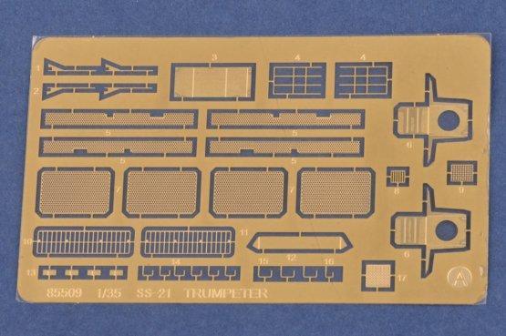 9K79 Tochka (SS-21 Scarab) Russian IRBM 1:35