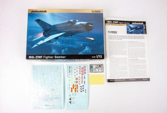 MiG-21MF Fighter-Bomber - ProfiPACK 1:72