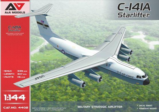 C-141A Starlifter 1:144