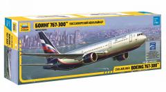 Boeing 767-300 1:144