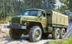 Zvezda URAL-4320 Soviet Army Truck 1:100