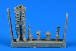 Aerobonus Soviet Aircraft Mechanic - cold war period Part.1 1:48