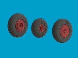 North Star Yak-52 wheels 1:48