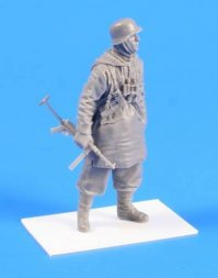 CMK German SS soldier (Padded Jacket with Hood) 1943 1:35