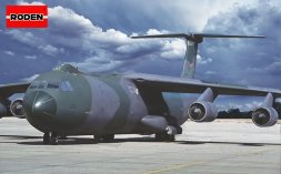 C-141B Starlifter - Team McChord 1:144