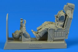 Aerobonus US Navy Pilot for A-4 with ejection seat 1:32