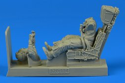 US Navy Pilot for F/A-18A/C with ejection seat 1:32