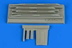 Su-17/22 M3/M4 fully loaded chaff/flare dispensers 1:48