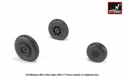 MiG-15bis (late) / MiG-17 wheels w/ weighted tires 1:32