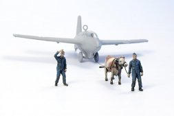 Ox towing a Me 163B with Luftwaffe Ground Crew 1:72