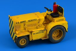 Minneapolis-Moline MT-40 Tow Tractor (US NAVY) 1:32