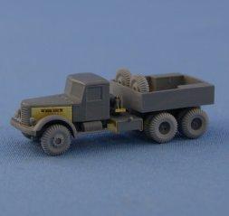 YaAZ-210G airfield ballast tractor 1:72