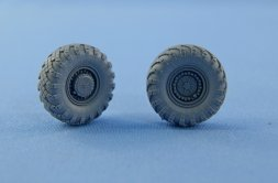 Topol SS-25 Wheels and tyre set. Main hub Type.1 1:72