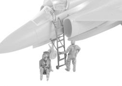 SK-37 instruktor/Operator and Pilot (w/ Ladder) 1:72