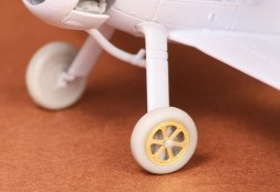 Gloster Gladiator wheels (spoked) 1:72