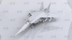 MiG-25BM Foxbat-F 1:72