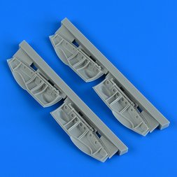 Bristol Beaufighter undercarriage covers 1:48