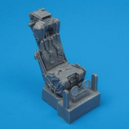 F-4 Phantom II ejection seats with safety belts 1:72
