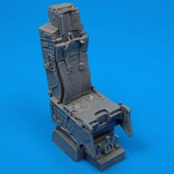 F-15 ejection seat with safety belts 1:72