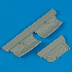 Quickboost F-16 undercarriage covers 1:72