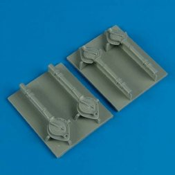 B-24 Liberator turbo-supercharger cover 1:72
