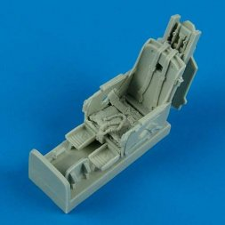 F-86F Sabre ejection seat with safety belts 1:48