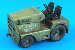 Aerobonus GC-340/SM340 tow tractor (basic) USAF/US ARMY 1:32