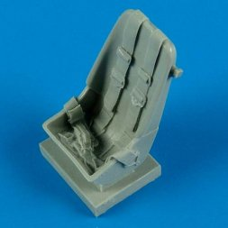 Bf 109F - early seat with safety belts 1:32