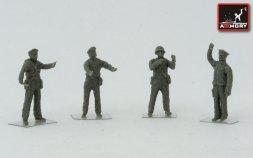 Soviet Quadruple Maxim AA gun marines crew (WWII) 1:72