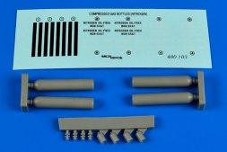 Compressed gas bottles - nitrogen 1:48
